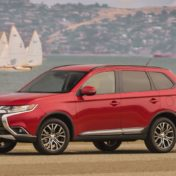 2016-mitsubishi-outlander-review