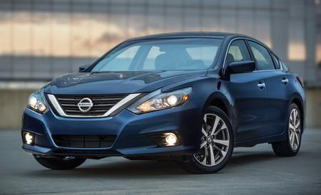2016-nissan-altima-review